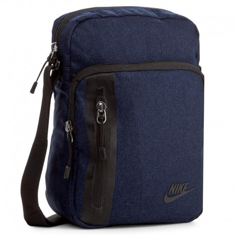 Nike Core Small Items 3.0 crossbody 25x16x8 cm